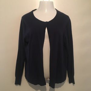 Old Navy cardigan in a navy blue. Size XL.